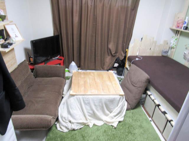 部屋がクソ狭いので簡単DIYにて調理台を作った話